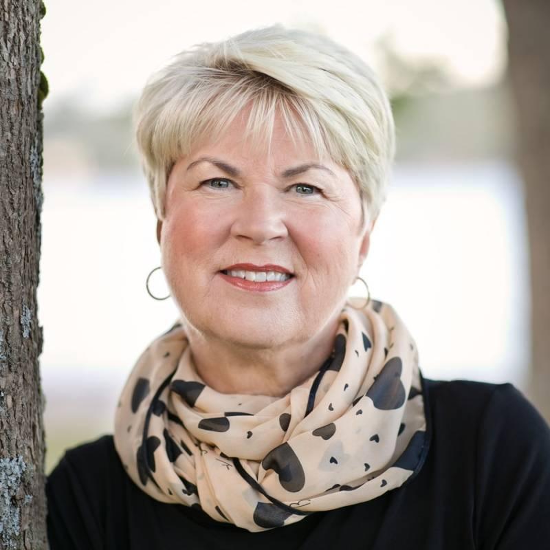 Louise Michalos